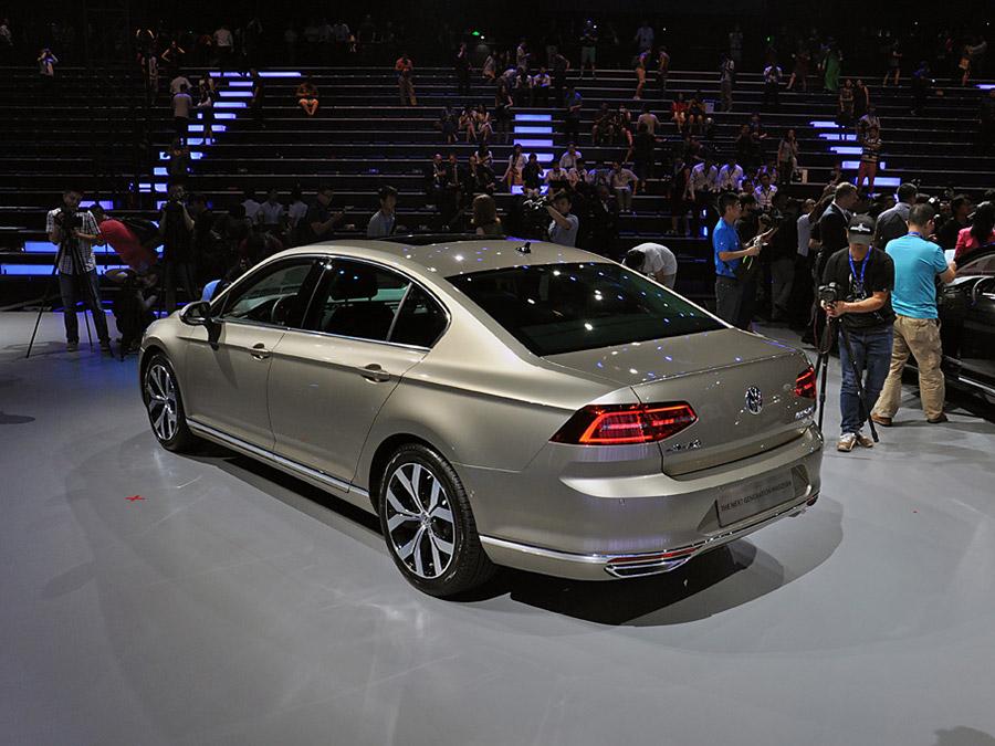 一汽-大众全新迈腾-一汽 大众全新迈腾上市 售价18.99万元起高清图片