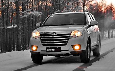 长城哈弗SUV冰雪试驾 体验主动安全系统