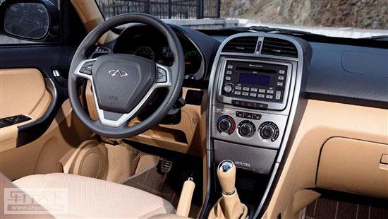 随着SUV 车型在中国市场的火热,国内外汽车厂商都纷纷瞄准了这一市场,意在中国SUV 车型领域占有一席之地。2005年3月,国内自主品牌奇瑞汽车推出了他们的第五个车系瑞虎,这也是奇瑞的首款SUV 车型。   自上市以来,瑞虎就凭借本土化的外观设计以及较高的性价比得到了国内消费者的普遍认可。由于在国内的受众面广泛,更取得了出色的销售成绩。  2010 年9 月份,奇瑞推出了全新瑞虎,以应对竞争日趋