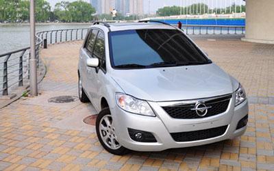 国产十万元级别MPV测试 海马新普力马