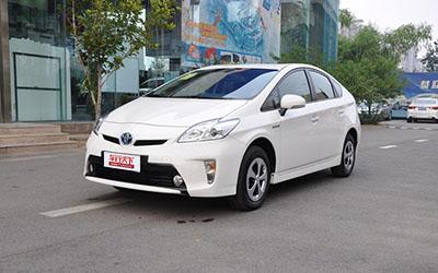 试驾评测环保车丰田普锐斯   带电作业