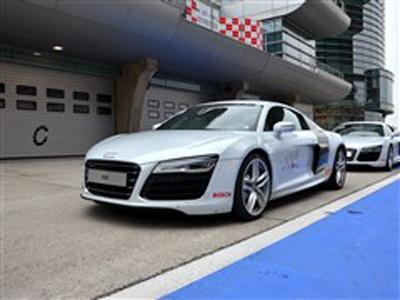 奥迪R8店内少量现车 购车优惠14万元