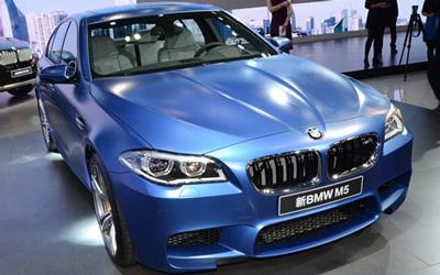 广州车展:新BMW M5实拍图解