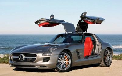 近期央视密集上镜跑车——奔驰SLS AMG