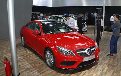 奔驰全新E400 Coupe上市 售73.8万元