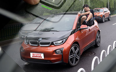 宝马i3自动泊车系统体验 可无人驾驶?