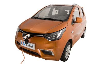 月22日上市 雷丁发布D70电动车官图-最新资讯 汽车新闻 汽车导购 高清图片