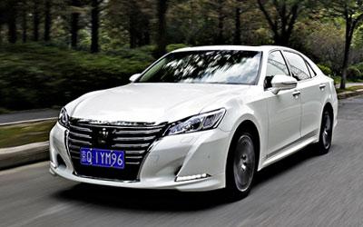 动力提升品质依旧 试驾一汽丰田皇冠2.0T