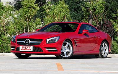 奔驰SL 400正式上市 售价106.8-130.8万
