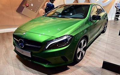 奔驰新款A级正式上市 售价23.4-36万元
