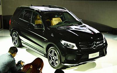 奔驰GLE级新车型上市 售价76.8-103.8万元