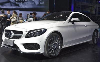 奔驰新C级Coupe上市 售价38.28-48.88万