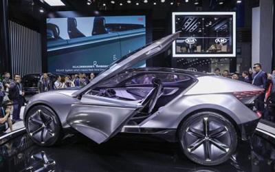 起亚FUTURON概念车全球首发引未来理念