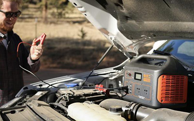 踏青季安全出行选自驾,安全用电选电小二户外电源