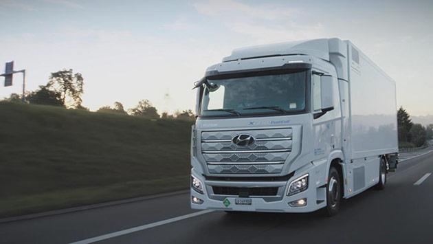 全球首款量产氢燃料电池重卡现代汽车XCIENT Fuel Cell